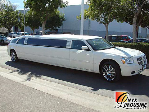 Onyx Limo In Houston Party Buses Limo Service Party Bus